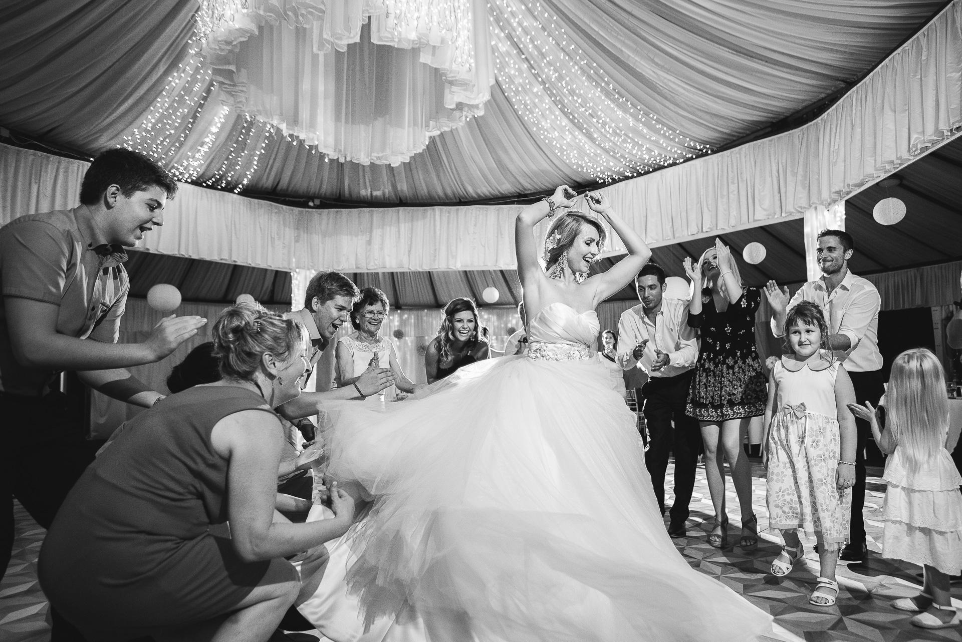 6 LB-Mediart stílusos esküvői fotózás és smink rendezvényfotózás kreatív esküvői fotózás Budapest Wedding Photography